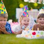 Eine Gartenparty am Kindergeburtstag
