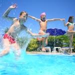 Eine Poolparty am Kindergeburtstag