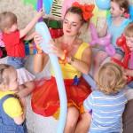 Ein Kindergeburtstag mit dem Motto Jahrmarkt